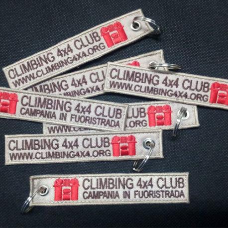 portachiavi-ricamati-personalizzati-climbing-4×4-club-campania-in-fuoristrada