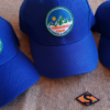Cappellini ricamati personalizzati per l'Associazione Trekking Cava
